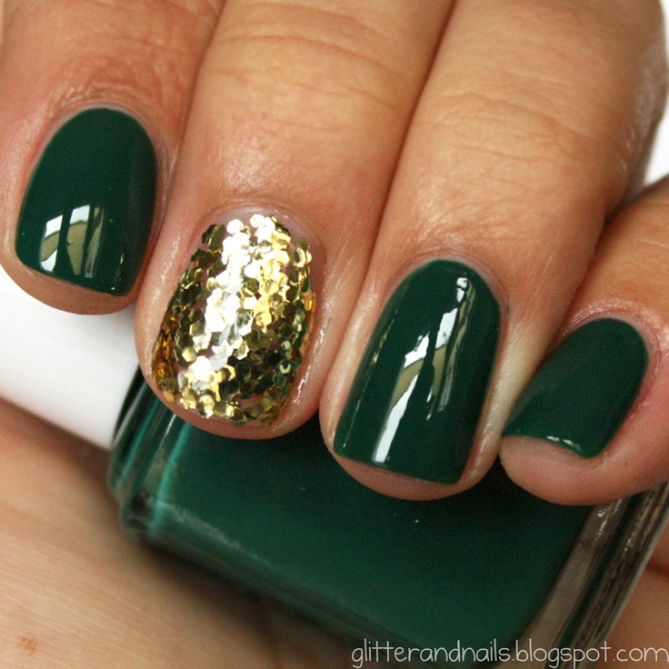 Holiday Nail Love - The Southern Sophisticate